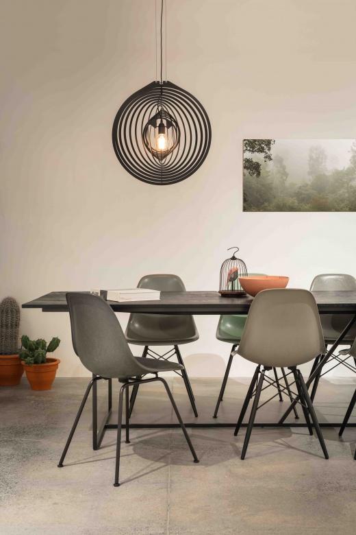 Haengeleuchte-Pendelleuchte-Delta-Line-und-Light-Soiree-schwarz-modern-Eggers-Einrichten-Interior-Design-Muenchen-Raumausstattung-Innenenrichtung-X