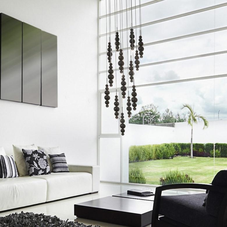 Lampe Pendelleuchte schwarz Ilfari tears interior Eggers Einrichten Interior Design Muenchen 2