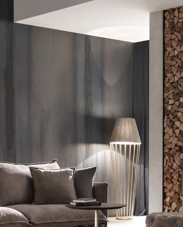 Lampe Sofia Ligh Floor Lamp with Chandelier Eggers EInrichten Interior Design Muenchen Luxus