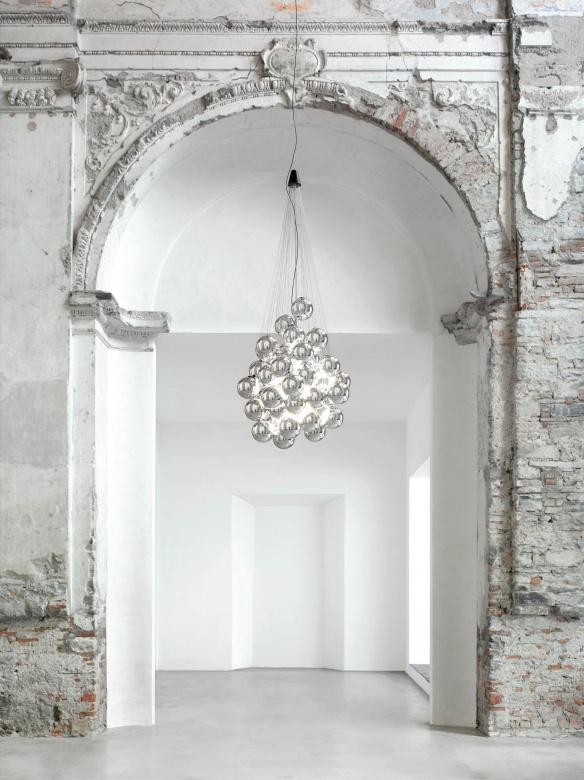 Pendelleuchte Deckenleuchte Glas glaenzend Kugeln modern Stochastic Luceplan Eggers Einrichten Interior Design Muenchen-X