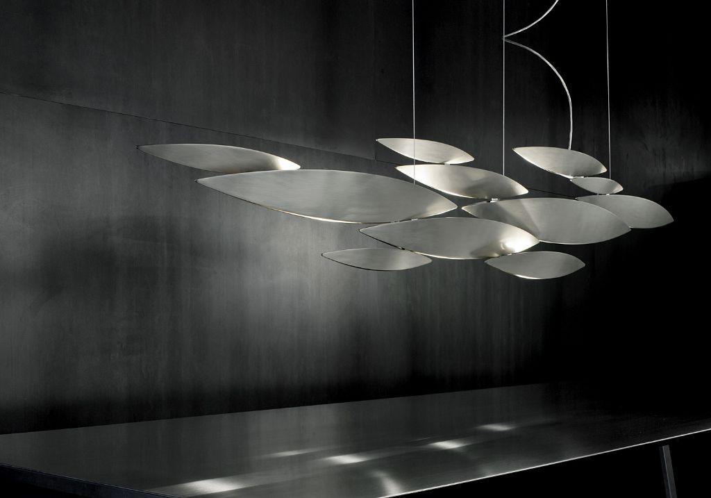 Haengeleuchte modern terzani luce pensata lucci argentati Eggers Einrichten Interior Design Muenchen