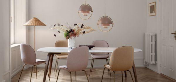 Speisezimmer Esszimmer Beetle Dining Chair Multi LitePendant Gubi Table Mategot Fruit Bowl-Stehleuchte-Eggers Einrichten Interior Design Muenchen Inneneinrichtung